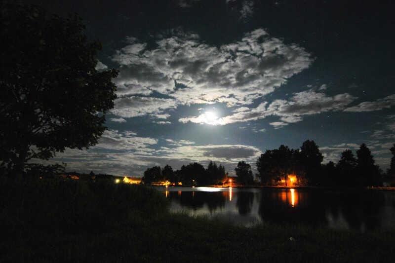 Tajemství noci nad rybníkem Suchý