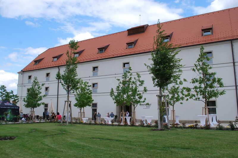 Hotel Lotrinský - Velké Pavlovice