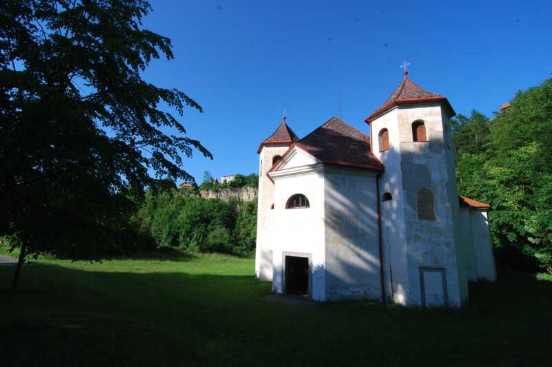 Půvabný kostelík Podskala - Chrudimsko
