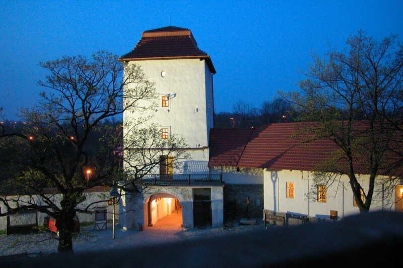 Hradní nádvoří Slezskoostravského hradu