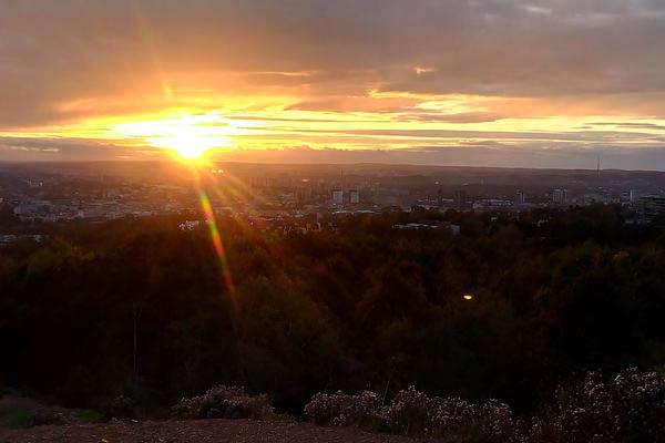 Ostravský západ slunce je stejně úchvatný, jako kdekoliv jinde na světě.