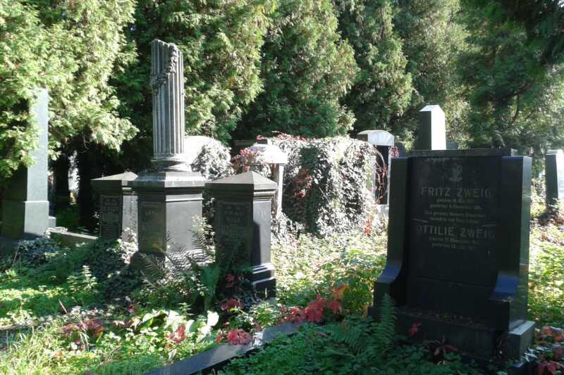 Zákoutí židovského hřbitova na okraji Prostějova