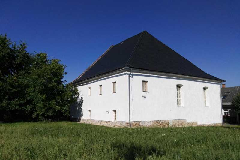 Synagoga Loštice - exterier