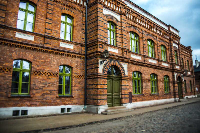 K. Scheibler stavěl kromě jiného také domy pro své zaměstnance